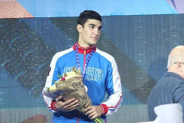 Двое россиян вышли вфинал молодежного чемпионата мира побоксу
