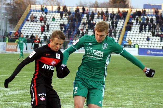 Футбольная «Томь» расстается сведущими игроками из-за финансовых сложностей