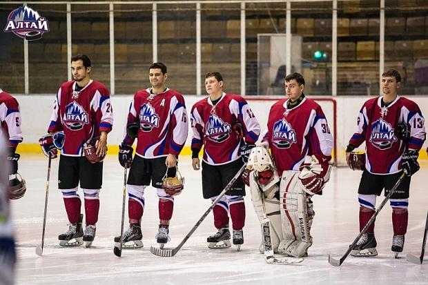 Хоккейный клуб «Алтай» потерпел унизительное поражение дома отЦСК ВВС